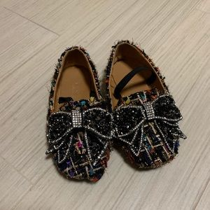 Colorful tweed shoes with crystal bow